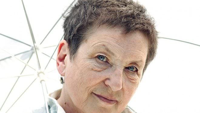 Ксения Старосельская: «Когда нужно, я рисую на полях табурет»